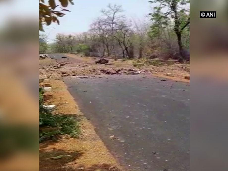 Gadchiroli Naxal attack, 16 cops killed