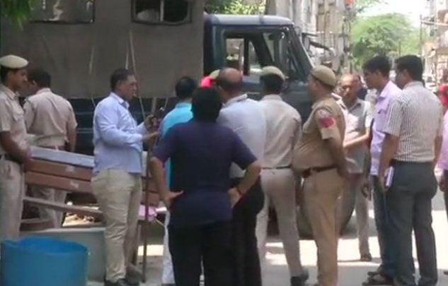 दिल्ली फिर शर्मसार, बसंत विहार में 3 की हत्या